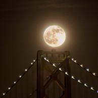 full_moon_bay_bridge_DL_20111210_DSC0921