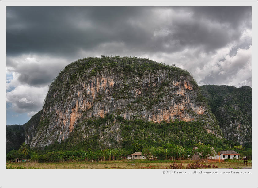 Mogotes in Viñales under a cloudy sky