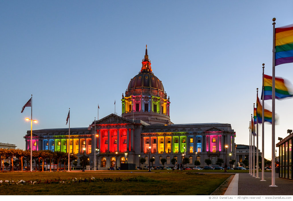 San Francisco's City Hall Shines in Rainbow Colors