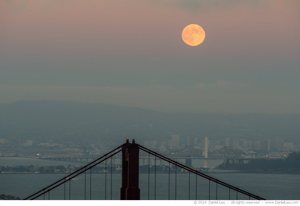 DL_20140908_DSC9726_San_Francisco_Golden_Gate_Bridge_Harvest_Moon
