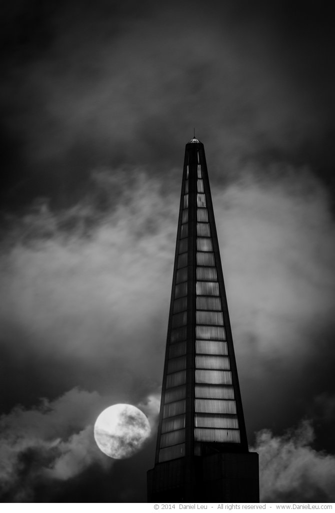 Transamerica with Full Moon