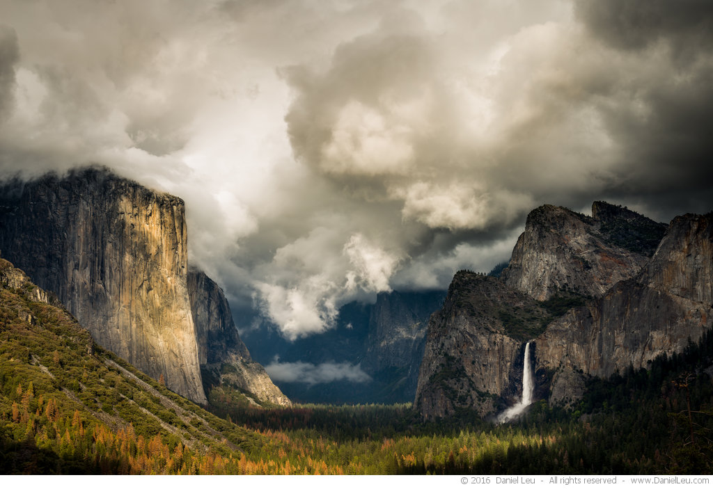 Yosemite Valley under Clouds – Yosemite National Park