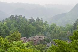 DL_20140420_DSC4829_Guiyang_China_Qianling_Park.jpg
