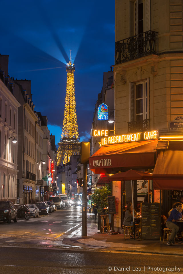 Eiffel Tower at Le Recrutement Cafe
