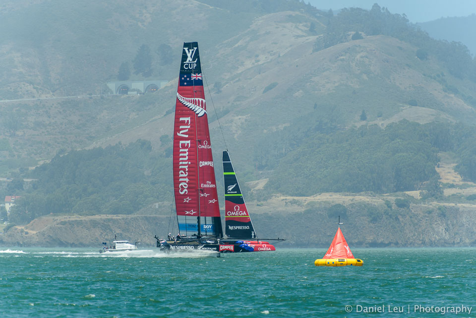 Emirates Team New Zealand at the buoy