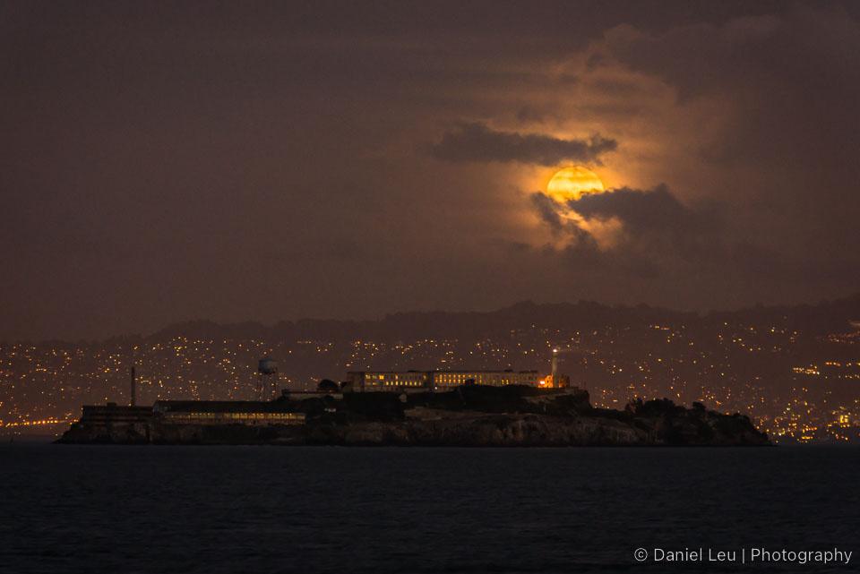 Alcatraz_Full_Moon_DL_20121128_DSC2356.jpg
