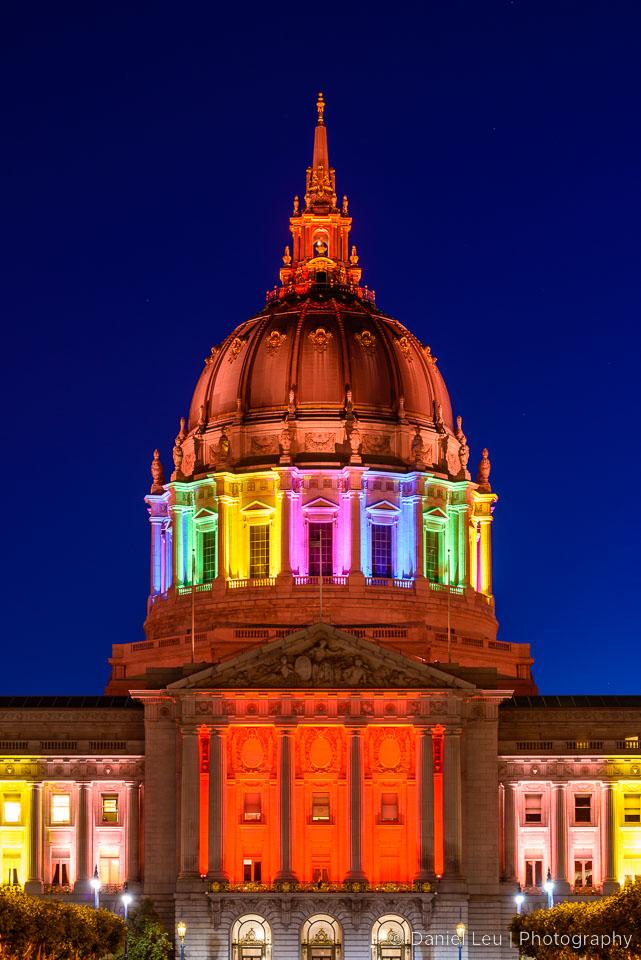 DL_20130627_DSC3293_SF_City_Hall_Rainbow.jpg