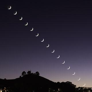 DL_20171023-Crescent-Moon-Sequence-Bernal-Height.jpg