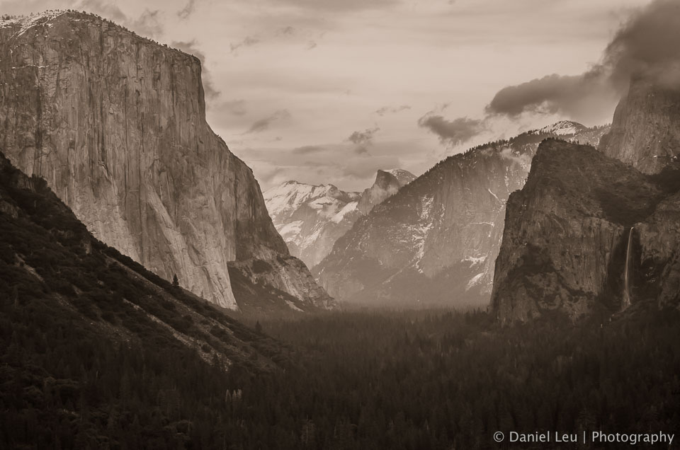 Traditional Yosemite Valley view with El Capitan, Half Dome and Bridal Vail Fall.