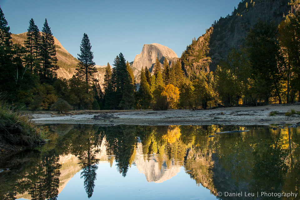 More on my blog at http://blog.leu.org/2012/11/yosemite-valley-fall-colors.html  © 2012 Daniel Leu, All rights reserved, http://www.DanielLeu.com