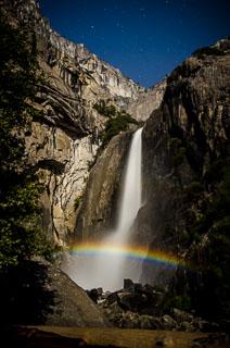 yosemite_falls_moonbow_DL_20120408_DSC3888.jpg